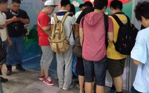 Chinajoy2015安锋网参展现场 展台人气持续高涨